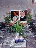 Slike svečenika i časne sestre u srušenoj crkvi